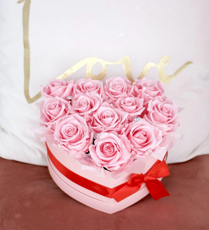 Uinuvad roosid südamega karbis-12 roosi